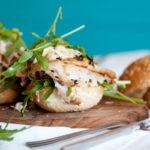Healthy Sandwich with chicken and rukola